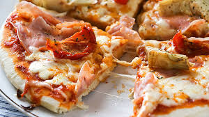 NOW HIRING PIZZA MAKERS AND HOST/HOSTESS (BRICKELL)