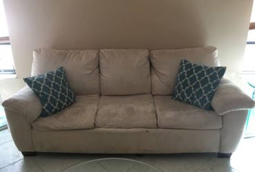 Sleep sofa and love seat (Hollywood, FL)