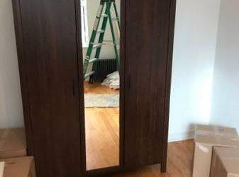 Free armoire