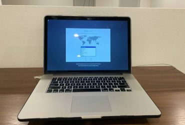 "****Apple MacBook Pro 15"" RETINA 2.3 GHz i7 1TB SSD 16GB **** – $400 (Broward)"