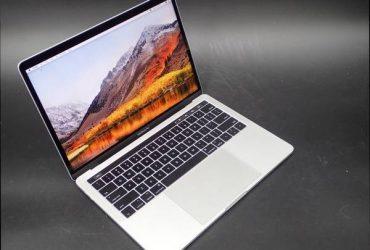 """Macbook Pro 13 """"Laptop i7 Dual Core – $ 300 (Ginebra)"""