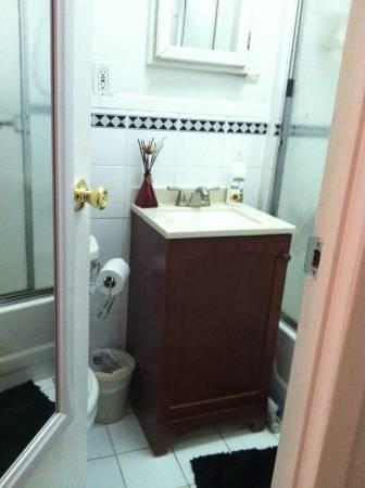 $1475 PRIVET STUDIO / RENOVATED /DOORMAN/LAUNDRY /BIKE ROOM/EXP SUBWAY W-96 (Upper West Side)