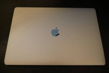 "2016 Apple Macbook Pro 15"" Retina – $1100 (Boynton Beach)"