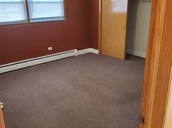 $700 / 1000ft2 – Private Bedroom Available in Shared Apartment (Belmont/Cragin)