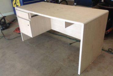 Desk – I used it as workbench Orlando