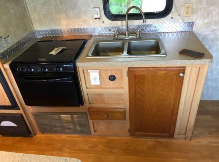 $200 / 290ft2 – Prívate entrance, private bathroom kitchen (Pembroke Pines FL)