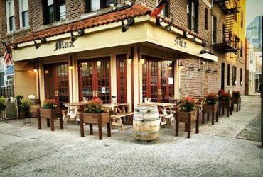 Kitchen and Wait Staff Wanted / German Restaurant (Astoria, NY)