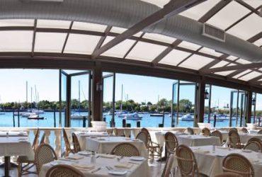 Waterfront Restaurant Seeking Server and Runner (BROOKLYN)