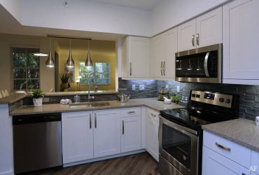 $1690 / 2br – NEWLY REMODEL 2/2 APT CORAL SPRINGS/COCONUT CREEK… (CORAL SPRINGS/COCONUT CREEK)