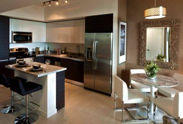 $2500 / 2br – Walk to Las Olas! TWO MONTHS FREE + Very Low Move-In! (Fort Lauderale)