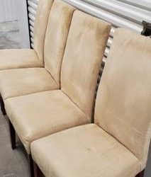 4 chairs for free (Coconut Creek)