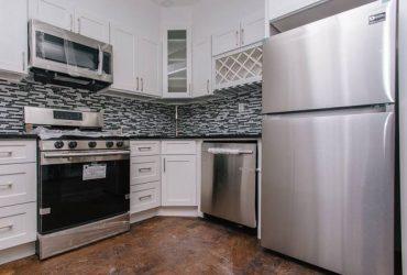 $799 🔥BUSHWICK🔥SUNNY ROOM IN 4BR/2BATH BACKYARD @J TRAIN NO FEE (Bushwick)