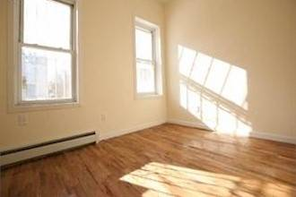 $950 Beautiful living private space (Bedford Stuyvesant)