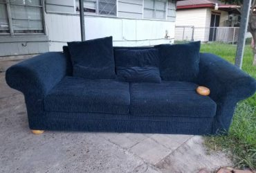 Free couch pick up only (Channelview)