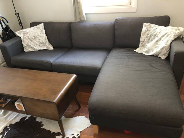 Free Chaise/L Shape/Love Seat (New York)