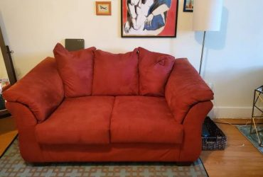 Free Love Seat (red couch) (Crown Heights)