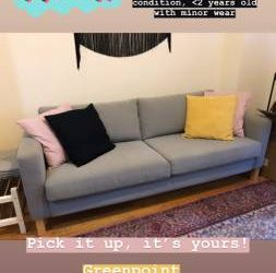 Free Couch for Pickup in Greenpoint (Greenpoint)