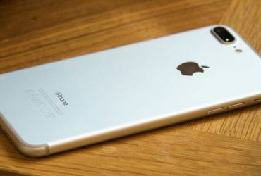 Unlocked Apple iPhone 7 Plus Silver – $390 (Wekiva Spring)