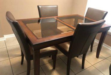 Free Dining Room Set (Orlando)