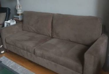 Crate & Barrel Sofa (Astoria)
