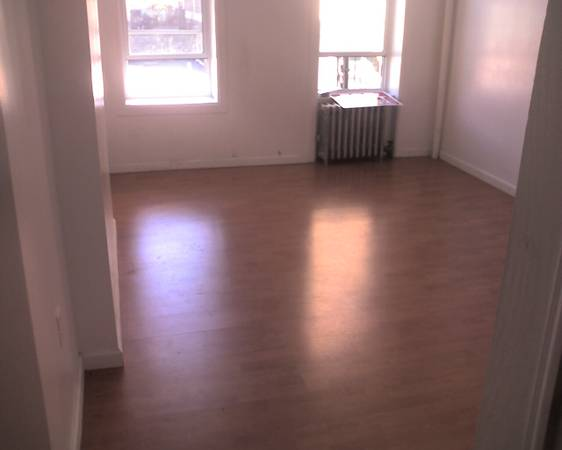 $1750 / 2br – 1000ft2 – Apartment For Rent- 149th St.- 3rd Ave. VIC-OWNER-917-410-0315- No Fee (Mott Haven/ 149th Street Morris Avenue- NO FEE)