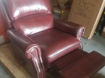 FREE Leather Recliner – good condition (Sunrise)