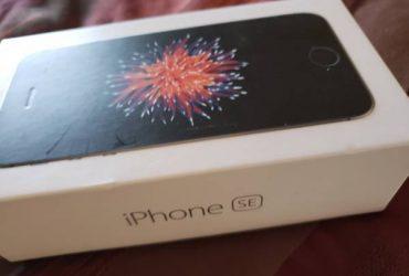 ATT Iphone Se 64GB smart phone cellphone – $100 (lake worth)