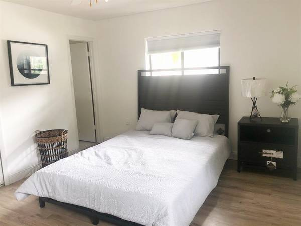 $356 Asking low monthly rent**Just need a better roommate!