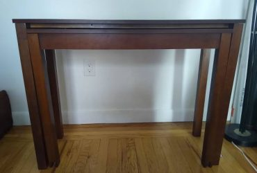 Narrow Desk That Expands – Perfect for Small Spaces (West Village)