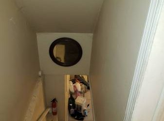 $1100 / 840ft2 – Basement Apartment – Shared Kitchen & Bath (Clason Point)
