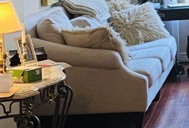 Free white couch good condition (Dallas)