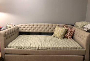 Day bed (Kew gardens)