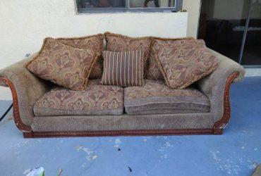 Sofa (Miami)