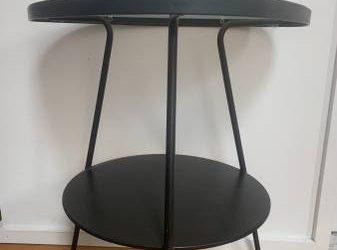 Free side table / night stand (Bushwick)