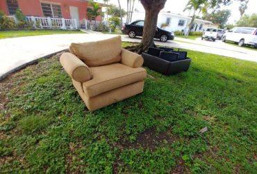 Curbside (Miami)