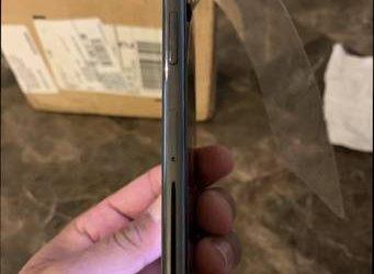 iPhone X Apple 256 giga -Factory Unlocked- – $290 (Clermont)
