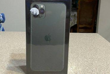 unlocked new apple iphone 11 pro max 512 gb – $1600 (Orlando Airport MCO)