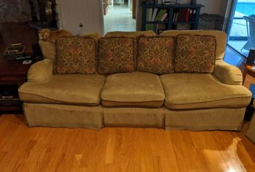 Are you too good for free couches? Then skip this (Brandon)