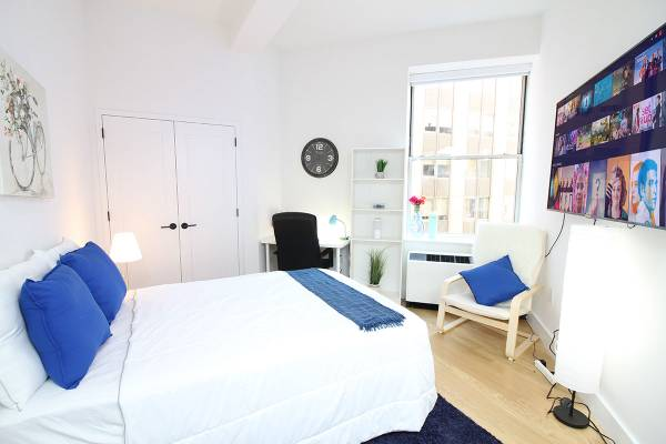$1380 Heart of Manhattan, Furnished Room, Highrise, Gym, Short Term, All Inc (Financial District)