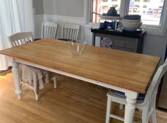 Free Table and 5 Chairs (Springs)