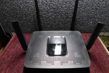 Linksys MR9000 Max-Stream Tri-Band AC3000Wi-Fi 5 Router w/Extras – $135 (The Villages)
