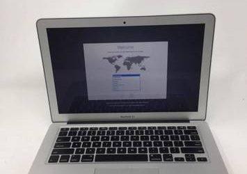 MacBook Air 2015 i5 8gb ram crystal clean – $575 (Orlando)