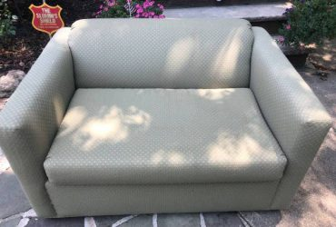 Free Pull out Sleeper Chair (Bergen County Washington Township)