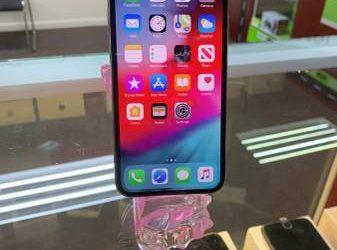 IPHONE XS WHITE 512GB **AT&T** – $600 (SUNRISE)