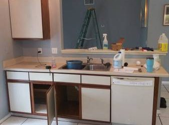 Freee Kitchen Cabinets (Kissimmee)
