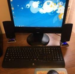 HP System w monitor, printer, wireless mouse and keyboard,and speakers – $120 (Plantation)