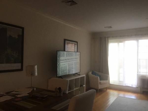 $1050 / 200ft2 – ✭✭ SPACIOUS ROOM WITH PRIVATE BATH STEPS FROM THE FERRY ✭✭ (St George)