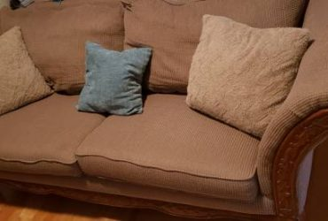 Pet, Smoke, and Stain free Rooms to Go Couch for Free (Clayton)