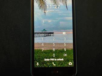 LG smart Trac phone – $50 (Saint Petersburg)