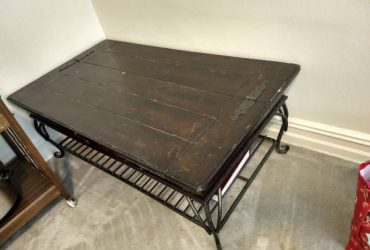Free solid wood coffee table (Bay Ridge)